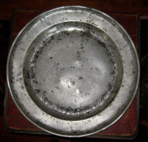 """19"""" Pewter Charger"""