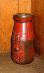Cast Iron Cream Bottle for Filling Space for Broken Glass Bottle